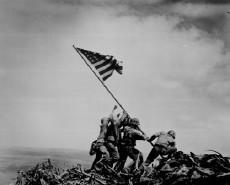Bandera EE.UU. en Iwo Jima